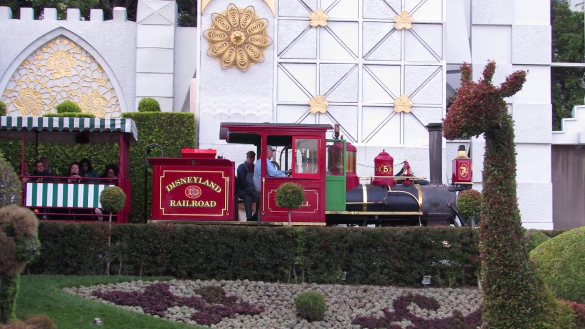 disney-railroad.jpg