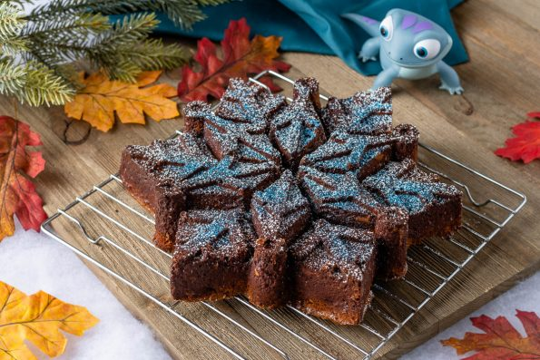 Frozen-2-Spice-Cake-1-595x397.jpg